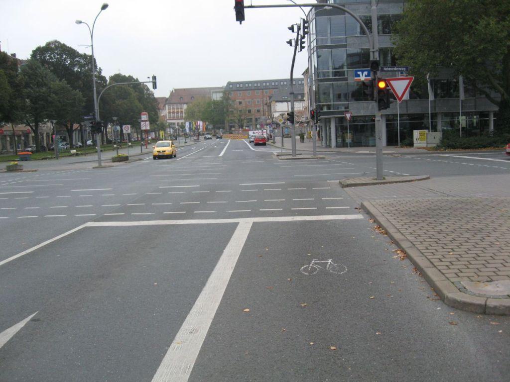 Schlecht gemacht: Diese Aufstellfläche für Radfahrer
