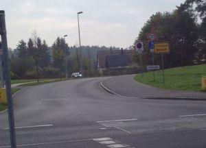 Benutzungspflichtiger Radweg soll wegfallen.